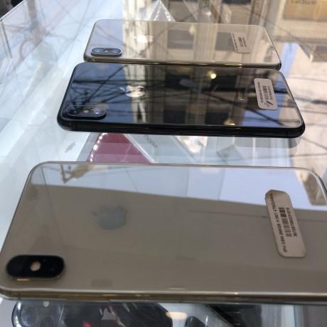 iphone-x-max-big-0