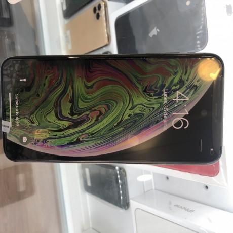 iphone-x-max-big-2