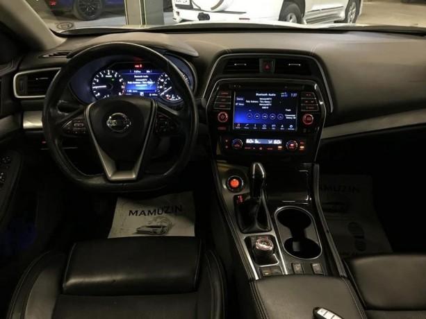 car-big-3